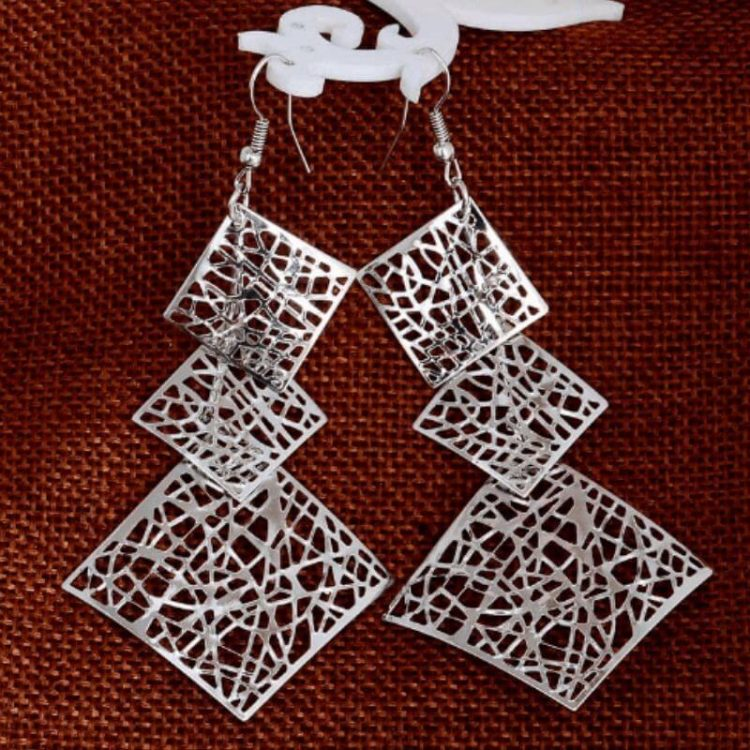 Hollow Out Earrings Geometrical Design