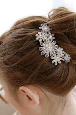 Crystal Flower Hair Comb Gold Tone Jewelry 1